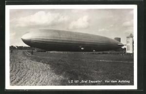 AK LZ 127 Graf Zeppelin vor dem Aufstieg