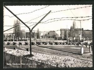 AK Berlin, Potsdamer Platz nach dem 13. Aug. 1961, Grenze