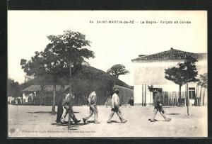 AK Saint-Martin-de-Ré, Le Bagne / Gefängnis, Forcats en corvée