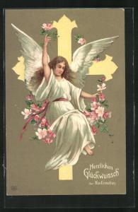 Präge-AK Engel mit Blumen vor einem Kreuz, Glückwunsch zur Konfirmation