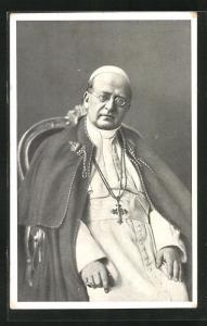 AK Portrait Papst Pius XI. in seinem Gewand mit Kruzifix-Kette