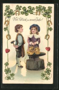 Präge-Lithographie Viel Glück im neuen Jahre!, Kleiner Glücksschmied