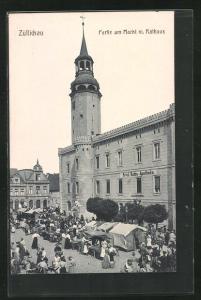 AK Züllichau / Sulechow, Markttag vor dem Rathaus