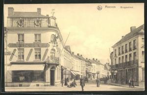 AK Meenen, Bruggestraat, Strassenpartie mit Geschäften und Passanten