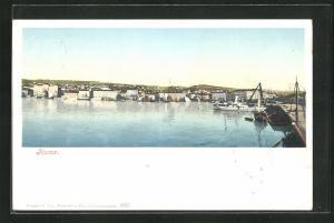 AK Fiume, Wasserpartie mit Teilansicht der Ortschaft