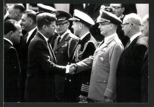 Fotografie US Präsident John F. Kennedy beim Staatsbesuch in Deutschland