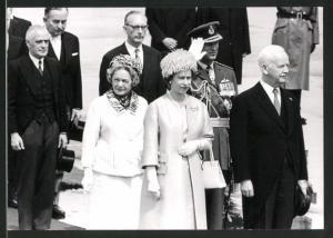 Fotografie Königin Elisabeth II. von England beim Besuch in Deutschland