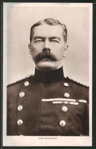 Fotografie 1.WK, Portrait Lord Kitchener in Uniform mit Ordenspange