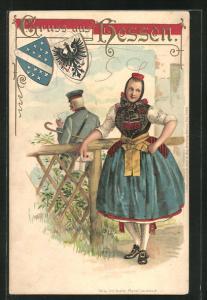 Präge-AK Fräulein in hessischer Tracht und Postbote am Holzzaun stehend
