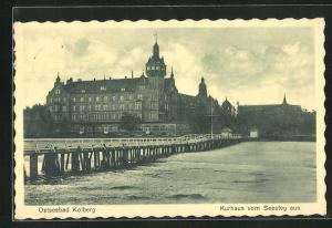 AK Ostseebad Kolberg, Kurhaus vom Seesteg aus