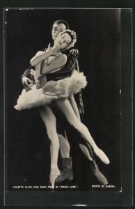 AK Balletttänzer Violetta Elvin & John Field in Swan Lake