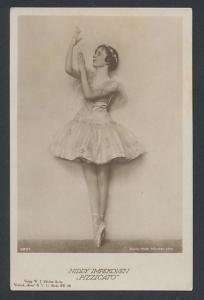 AK Niddy Impekoven, Pizzicato, Portrait der Ballerina