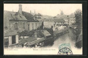 AK Vierzon, Les Lavoirs sur l`Yevre, Flusspartie im Ort
