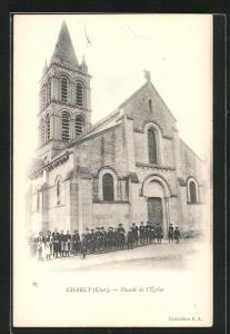 AK Charly, L`Église, Kinder vor der Kirche