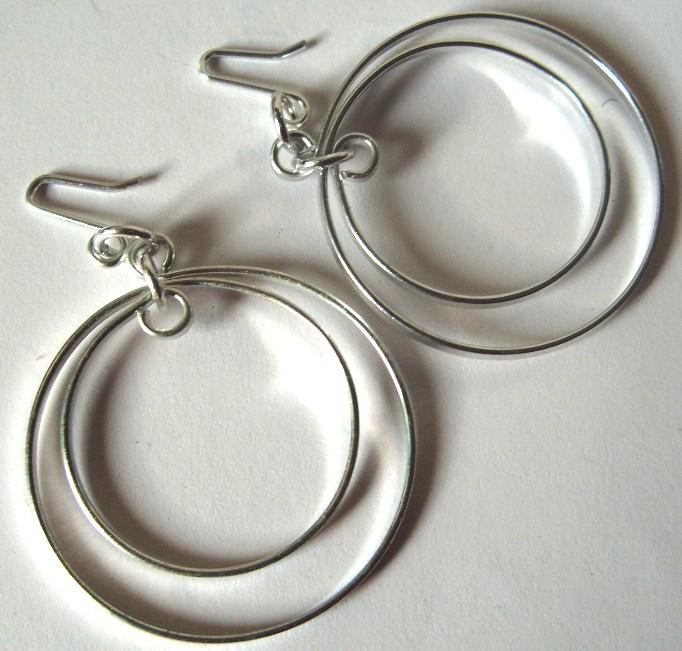 Schmuck: Vintage-Modeschmuck, Ohr-Hänger, Creolen - doppelter Ring, silber- oder goldfarben, Originale aus DDR-Produktion der 70er/ 80er Jahre