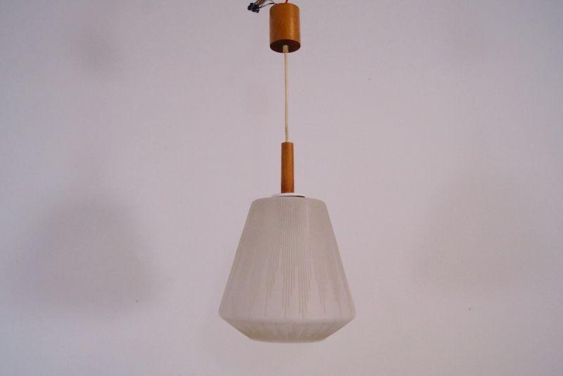 bauhaus wagenfeld lampe tecnolumen wa wagenfeld leuchte mit bauhaus leuchte with bauhaus. Black Bedroom Furniture Sets. Home Design Ideas