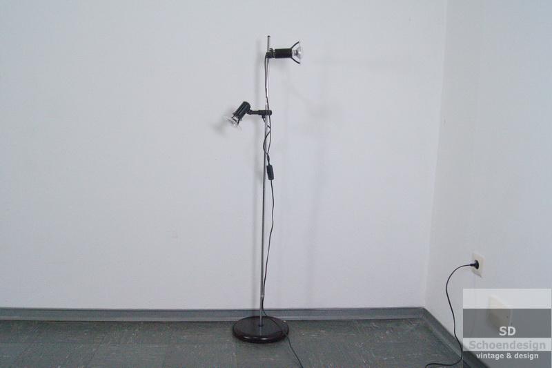 Brilliant stehlampe bodenlampe 2 strahler e14 danish for Lampen 70er berlin