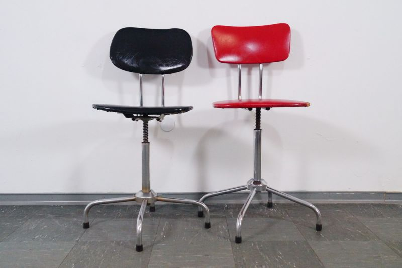 Industrial design 2x arbeitsstuhl stuhl stahlrohr bauhaus for Stuhl industrial design