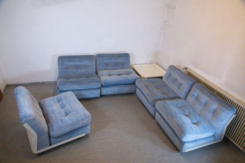 Der artikel mit der oldthing id 39 21929746 39 ist aktuell for Cord sofa 70er