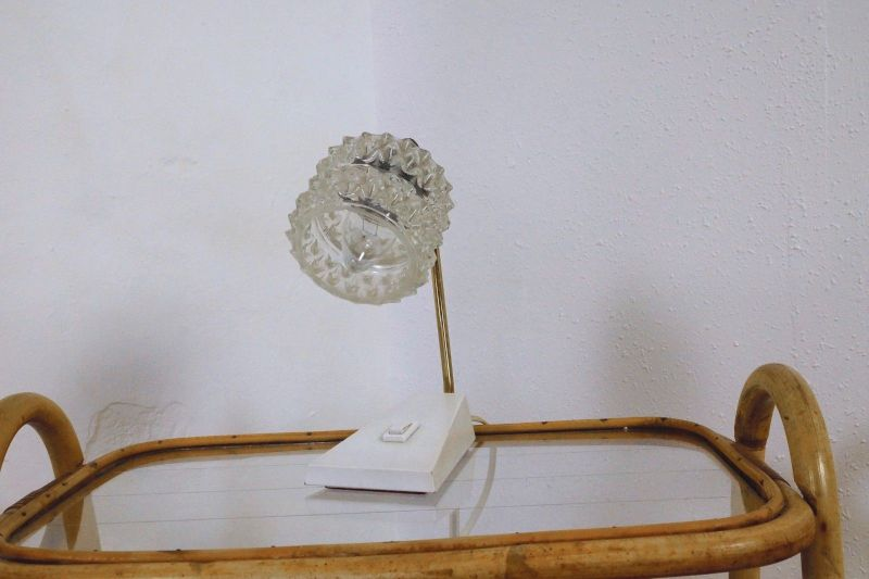 vintage nachttisch lampe tischlampe messing temde glasschirm 50er 60er jahre nr 292264088368. Black Bedroom Furniture Sets. Home Design Ideas