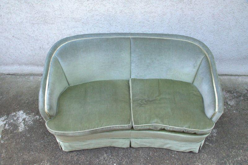 50er 60er Vintage Sofa Couch Loveseat Velours grün Italien Stil Zweisitzer rund 2
