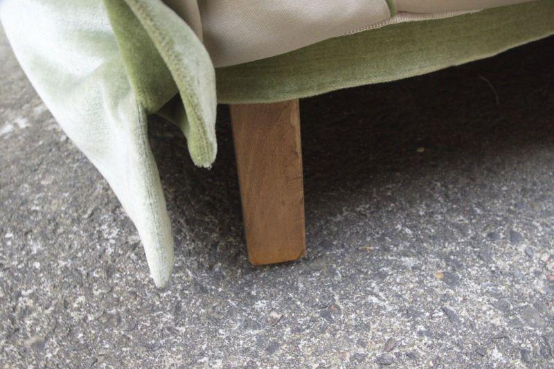 50er 60er Vintage Sofa Couch Loveseat Velours grün Italien Stil Zweisitzer rund 4