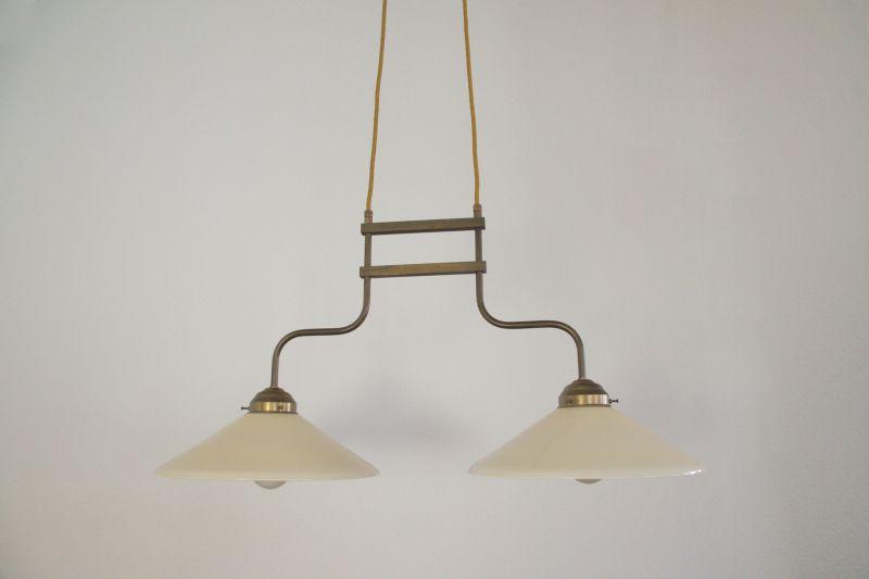 Moderne RETRO Jugendstil Messinglampe im Stil der 30er Jahre