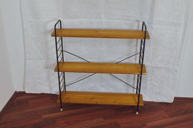 Vintage Bücherregal Vollholz im WHB Stil, 3 Böden | 1960er Regal
