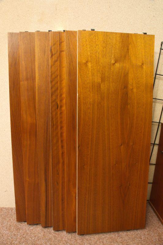 Vintage Wandregal, Regal im String Stil, Nussbaum mit Container 60er Jahre 4
