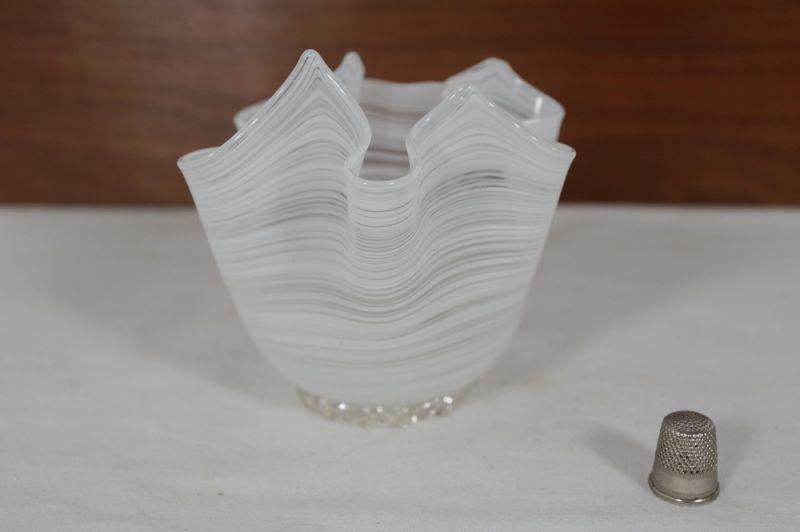 Blumenvase Taschentuch Vase, weiss, Italien/ 50er, 60er 1
