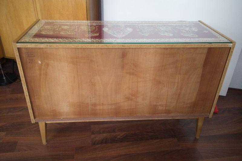 Kleines Sideboard mit Schubladen und Glasplatte von Behr Möbel | 1958, 50er Jahre 8