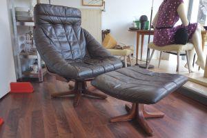 Midcentury Leder Sessel Loungechair mit Ottomane Hocker, drehbar 60er 70er Jahre