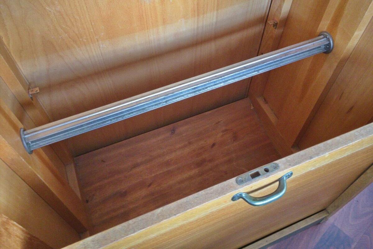 Zippel rollschrank rolladenschrank kleiderschrank von behörde registratur 50er 11