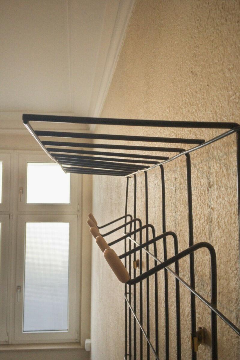 Schöne Garderobe Wandgarderobe im String Stil schwarz Midcentury 60er Jahre 11