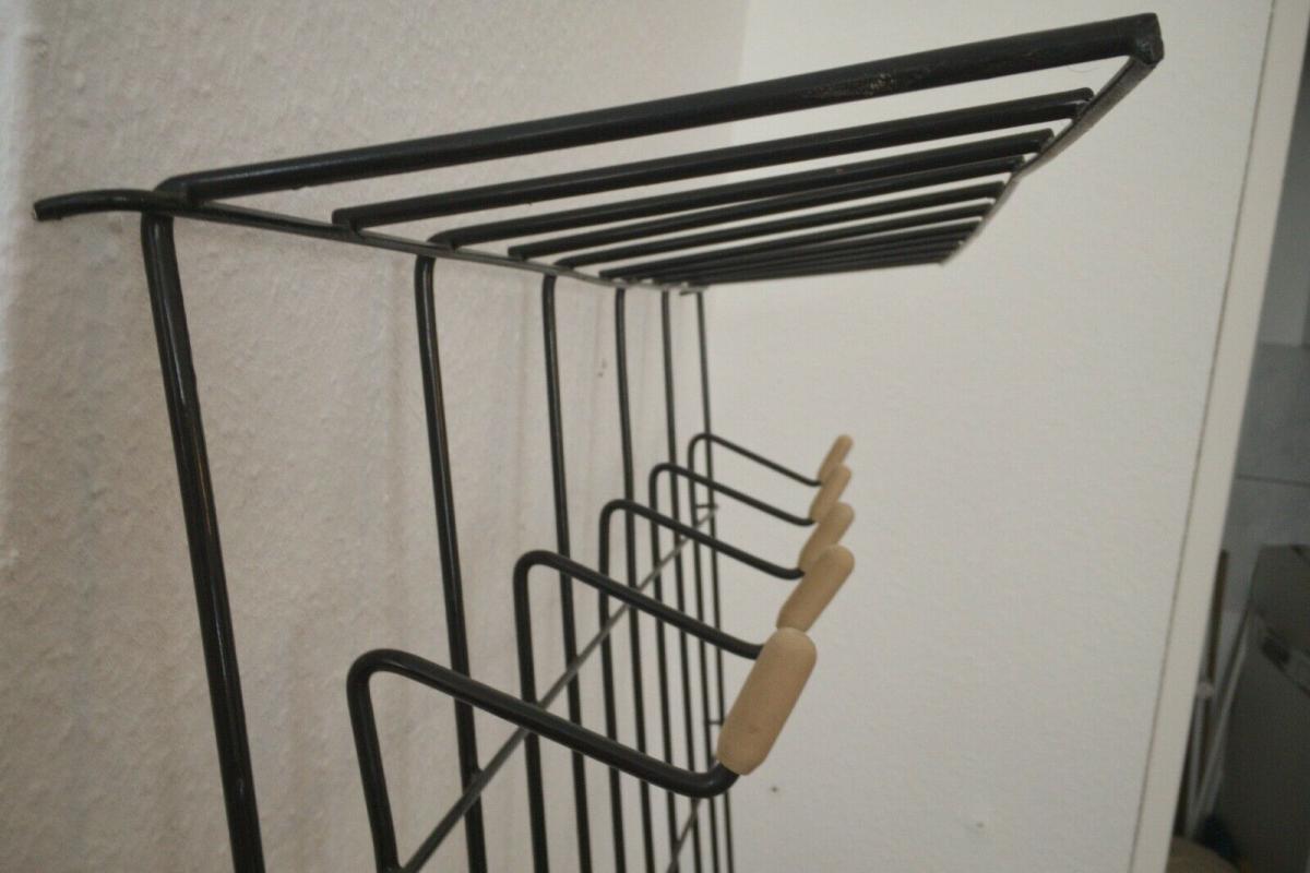 Schöne Garderobe Wandgarderobe im String Stil schwarz Midcentury 60er Jahre 4