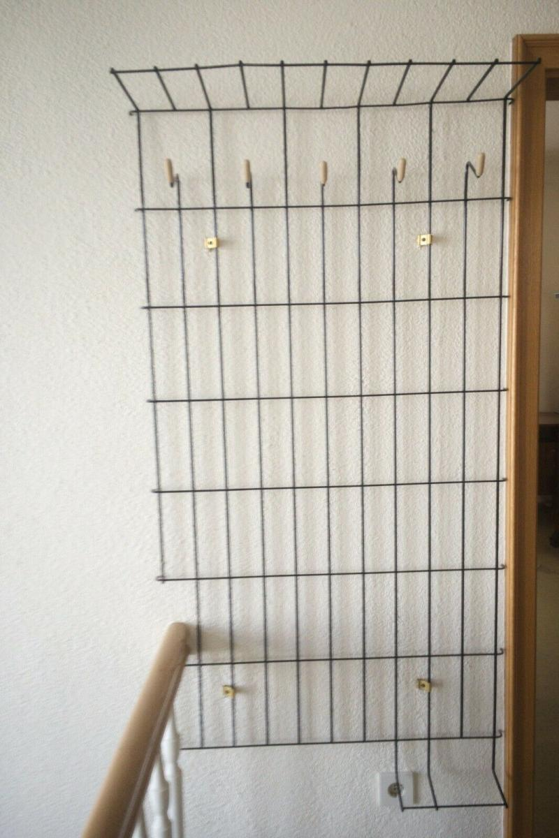 Schöne Garderobe Wandgarderobe im String Stil schwarz Midcentury 60er Jahre 7