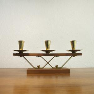 60er jahre teak kerzenständer danish design messinghalter für 3 kerzen teakholz