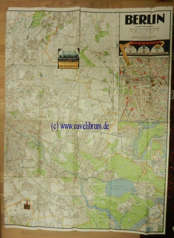 Berlin mit den 20 Verwaltungsbezirken. Pharus Plan im Maßstab 1 : 25 000. Mit einem Innenstadt-Plan im Maßstab 1: 12 500. Beilage zum Adreßbuch Berlin. Farbiger Stadtplan, hier nur die östliche Hälfte! Blattgröße ca. 126 x 92 cm.