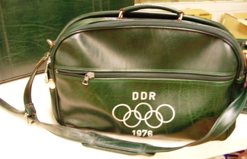 Werbung: Kofferset der DDR-Olympiamannschaft Montreal 1976 3