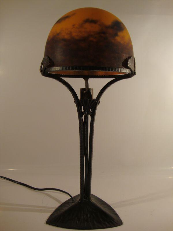 Art Deco Tischlampe, Degue , Frankreich