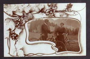 Ansichtskarte All Heil Fahrrad Fotokarte um 1910 Mann Frau mit Rad im Gebirge Weinlau