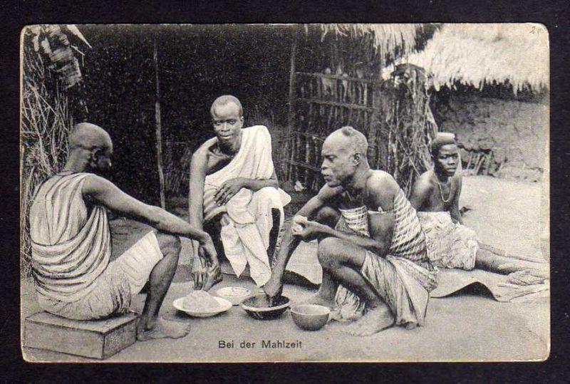 Ansichtskarte Togo Lome Eingeborene bei der Mahlzeit um 1910 Verlag Kathol. Mision i