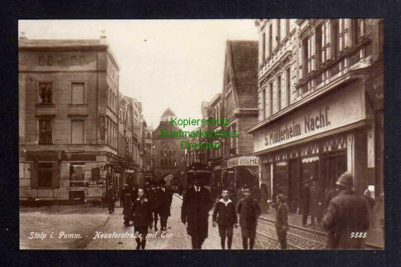 Ansichtskarte Stolp i. Pom. 1928 Fotokarte Neuetorstraße mit Tor Geschäft S. Müllerh