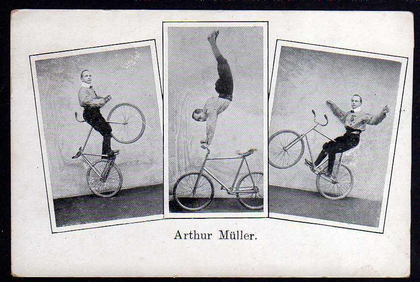 Ansichtskarte Arthur Müller Fahrrad Akrobatik Zirkus