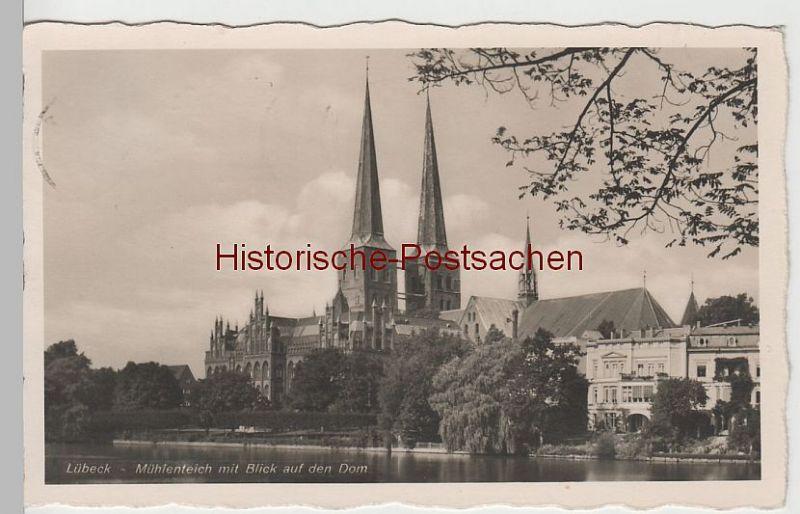 (66400) Foto AK Lübeck, Mühlenteich mit Blick auf den Dom, 1941