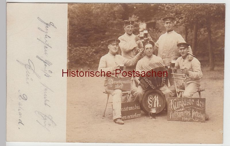 (F5314) Orig. Foto Lockstedter Lager, Soldaten m. Bier u. Akkordeon 1904