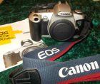 Canon EOS 500 N mit Trageriemen und Bedienungsanleitung Spiegelreflexkamera
