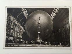 Graf Zeppelin Einbringen in die Halle BrM4
