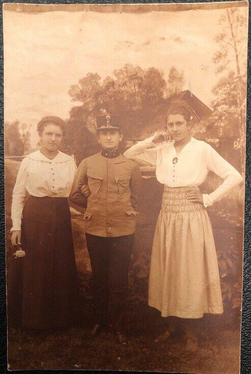 Frau in Soldaten Uniform Soldat KuK 26077