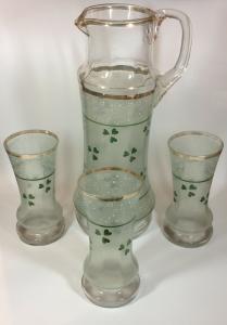 Jugendstil Wasserkrug mit drei Gläsern Kleeblatt mit Goldrand 11034